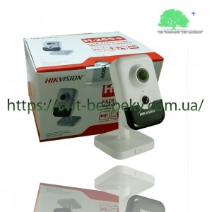 2Мп IP видеокамера Hikvision DS-2CD2421G0-I 2.0мм